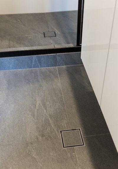 en suite tiles